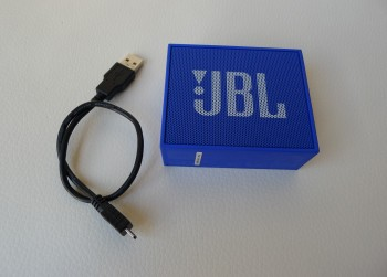 Portable JBL Bluetooth speaker, mode JBL Go
