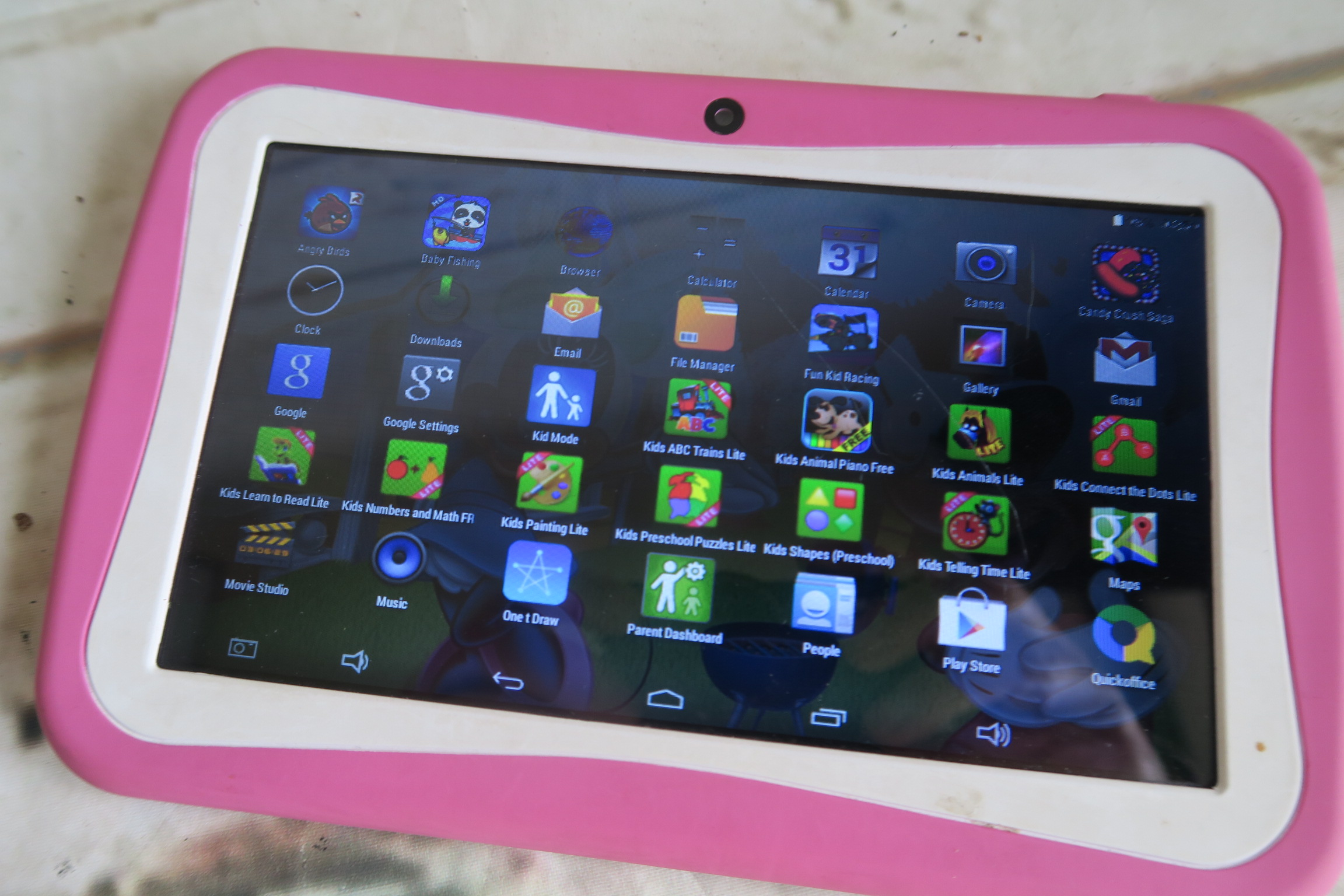 Roze Kinder Tablet.Beneve M755 Kinder Roze Tablet Android 4 4 2