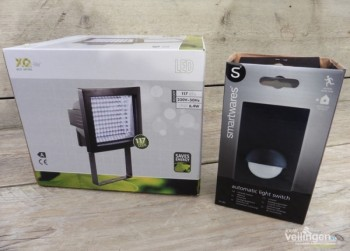 COMBI: LED Floodlight + bewegingsmelder (2499)