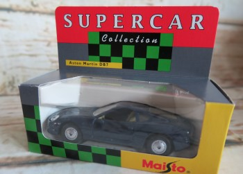 Maisto Supercar Collection Aston Martin DB7 1:43