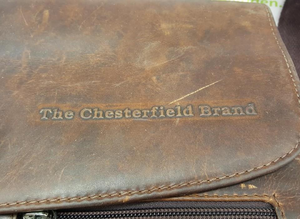 the chesterfield brand laptoptas webshop. Black Bedroom Furniture Sets. Home Design Ideas
